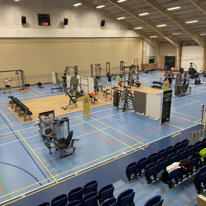 Et midlertidigt træningscenter placeret i hal 6 i Fredericia Idrætscenter