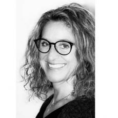 Helle Burmeister, personalefoto, web