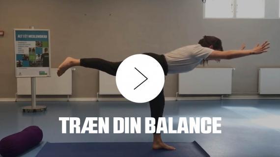 Træn din balance med yoga